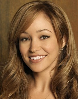 Autumn Reeser in Sully