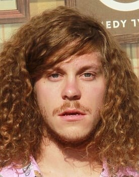 Blake Anderson in Game Over, Man!