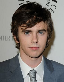 Freddie Highmore in Charlie and the Chocolate Factory