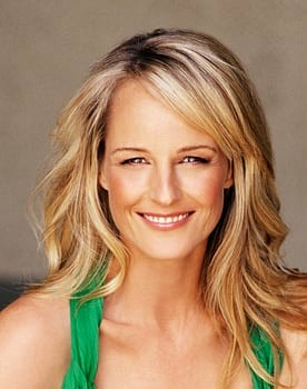 Helen Hunt in Girls Just Want to Have Fun