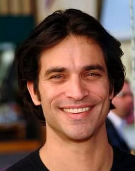 Johnathon Schaech in Vice