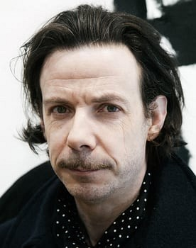 Noah Taylor in Charlie and the Chocolate Factory
