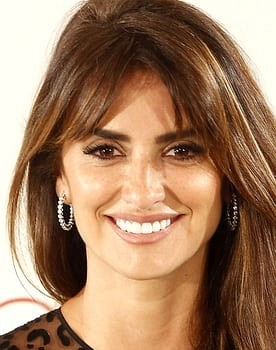 Penélope Cruz in Loving Pablo