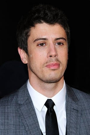 Toby Kebbell in Destroyer